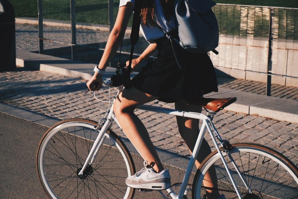 Le vélo au coeur des nouvelles mobilités. Nouveau mode de transport alternatif, avec Cycles HorsCadre, magasin de vélo 78