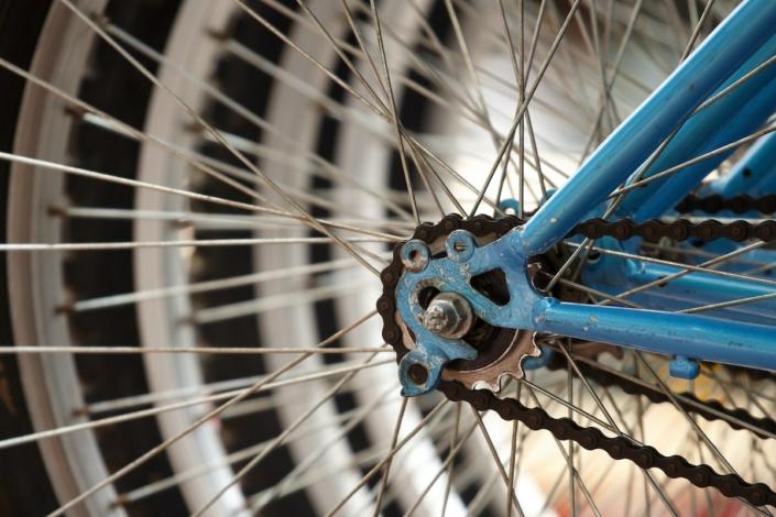Cycles HorsCadre, atelier réparation vélo 78, toutes marques